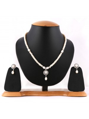 White Hyderabadi Original Pearls Necklace Set-001