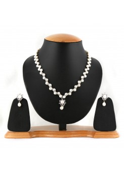 White Pure Pearl Necklace Set-004