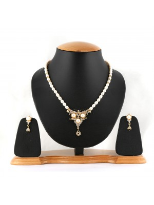 White Pearl and Golden Neckset-008